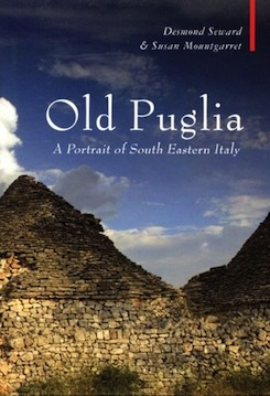 Old Apulia: The Travellers' Prospect